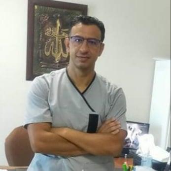Dr Sadok Ben Noureddine Akacha